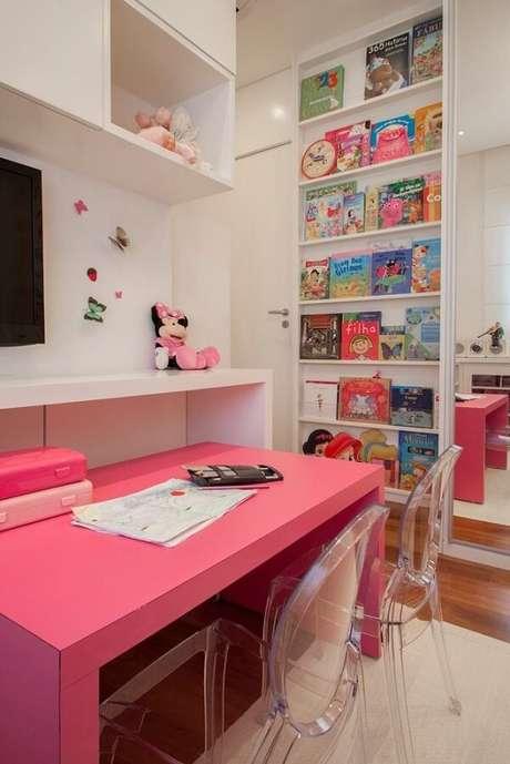 45. A prateleira para livros quarto infantil gigante incentiva os pequenos a leitura. Fonte: ConForma Arquiteutra +Design