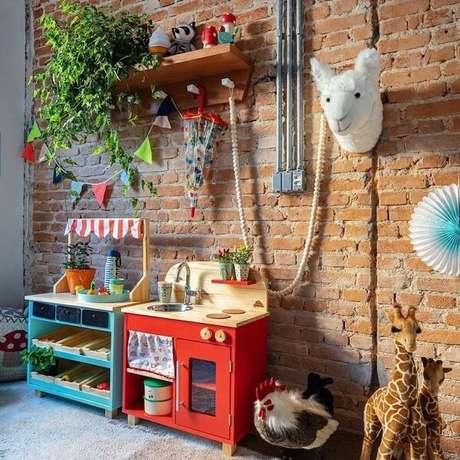 15. Abuse da criatividade e inove nas ideias de prateleiras para quarto infantil. Fonte: Mimoo Toys
