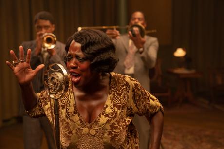 Chadwick Boseman como Levee, Viola Davis como  Ma Rainey e Colman Domingo como Cutler.