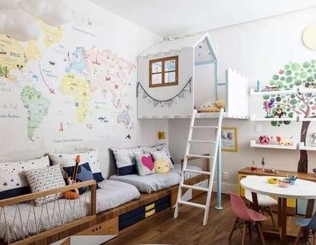 33. Modelo de prateleira para quarto infantil branca e clean. Fonte: Hana Lerner Arquitetura