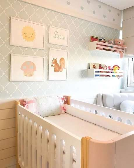 24. Opte por prateleira para quarto infantil clara para a decoração clean. Fonte: Kids Arquitetura