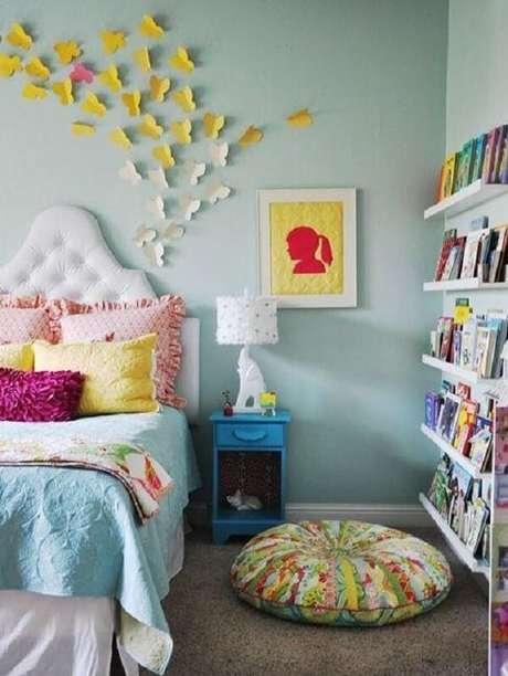 25. Prateleira para livros quarto infantil deixa o ambiente organizado. Fonte: Pinterest