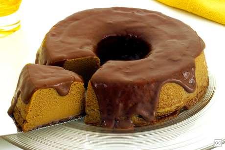 Guia da Cozinha - Do bombom de colher ao pudim de café: aprenda receitas doces rápidas
