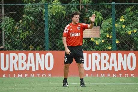 Diniz não terá mais desfalques por Covid-19 para o clássico contra o Santos (Foto: Divulgação/São Paulo)