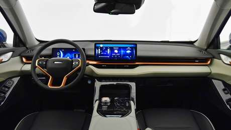 Interior do novo Haval H6 é bastante moderno, com painel 100% digital.