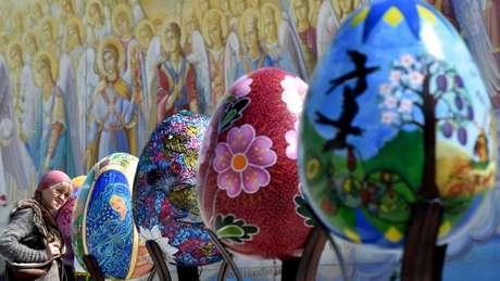Em muitas culturas, os ovos são carregados de simbolismo