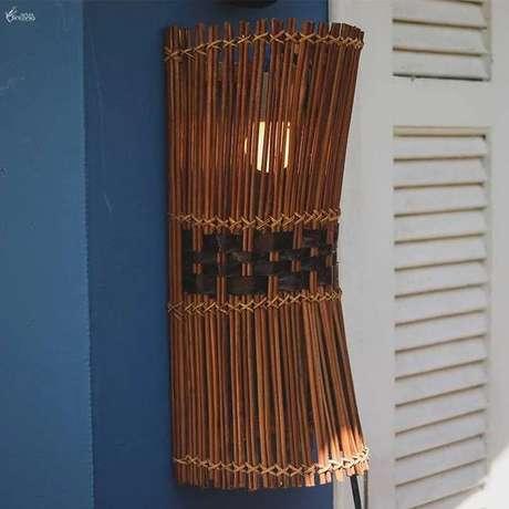 8. Arandela externa rústica na entrada de casa – Via: Arte e Sintonia