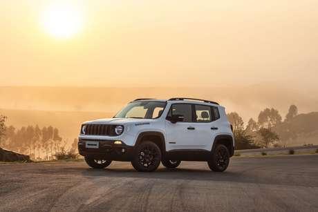 Jeep Renegade já ocupa o 3º lugar no ranking de 2021, perdendo só para o Chevrolet Onix e o Fiat Strada.