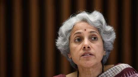 A cientista-chefe da OMS, Soumya Swaminathan, pede que as pessoas sejam pacientes