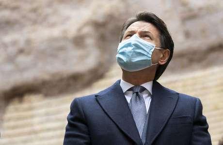 O primeiro-ministro Giuseppe Conte está com o cargo em risco