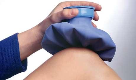 Água quente é excelente para combater as dores musculares