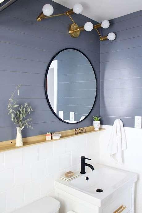 37. Decore seu banheiro com o revestimento em diferentes tons de azul – Via: Jojotastic