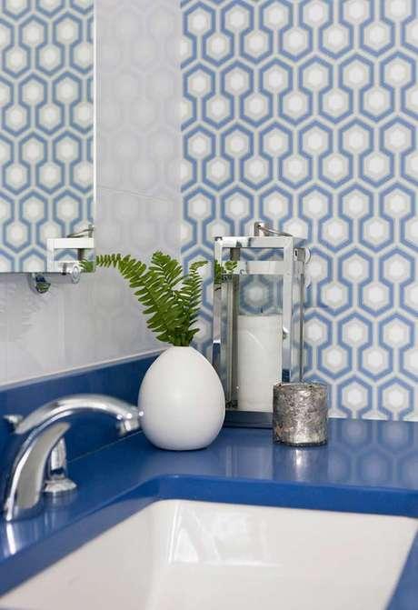 47. Use diferentes tons de azul para sua decoração – Via: Pinterest