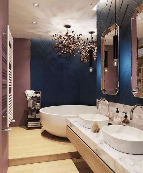 52. Capriche na decoração do banheiro – Via: Pinterest