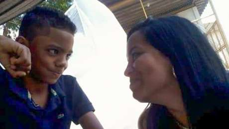Guilherme com a mãe, Joyce da Silva dos Santos
