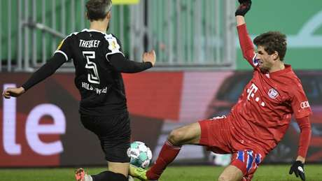 Bayern está eliminado da Copa da Alemanha (Foto: FABIAN BIMMER / POOL / AFP)
