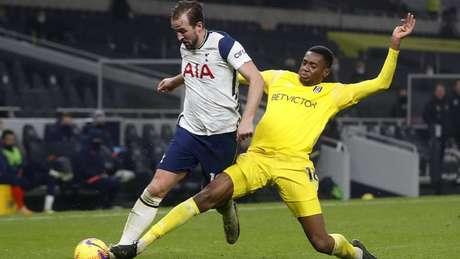 Tottenham e Fulham empataram em Londres pela Premier League (Foto: MATTHEW CHILDS / POOL / AFP)