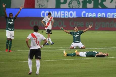 Jogadores do Palmeiras comemoram vitória contra o River Plate