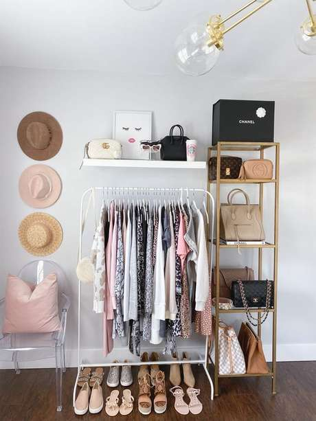61. Como fazer um closet simples – Via: The Fancy Things