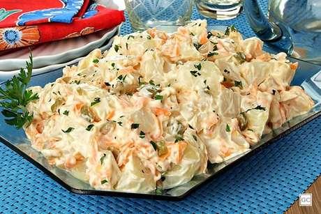 Guia da Cozinha - Receitas práticas de salada de maionese para fazer em até 30 minutos