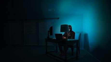 O phishing captura suas vítimas por pressão psicológica (Imagem: Clint Patterson/Unsplash)