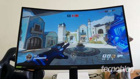 Samsung Odyssey G7 (Imagem: André Fogaça/Tecnoblog)