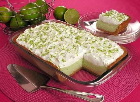 Guia da Cozinha - Receitas doces e salgadas de torta na travessa para se deliciar