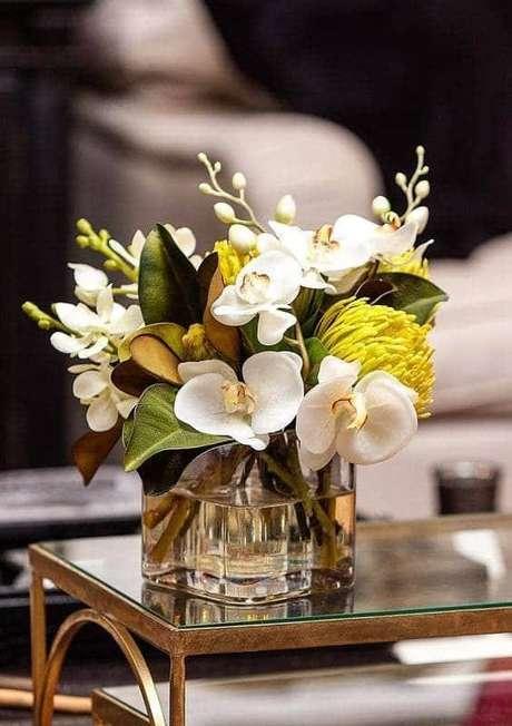 14. Vaso de orquídea de vidro – Via: Ter Sessenta