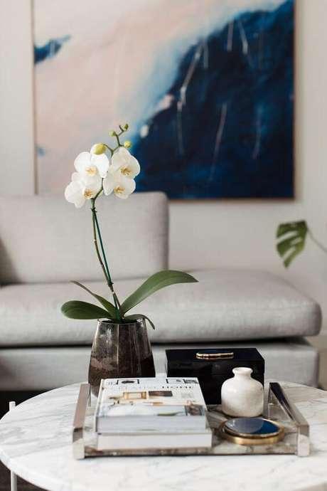 20. O vaso de vidro é excelente para sua decoração – Via: Revista VD