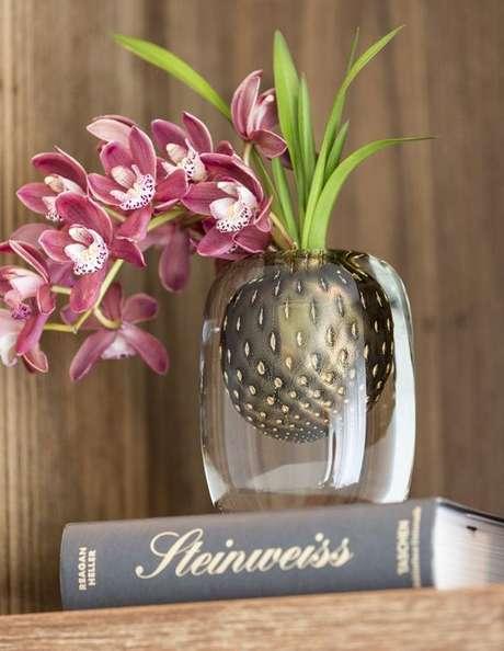 21. Capriche no vaso de orquídea – Via: Vamos Receber