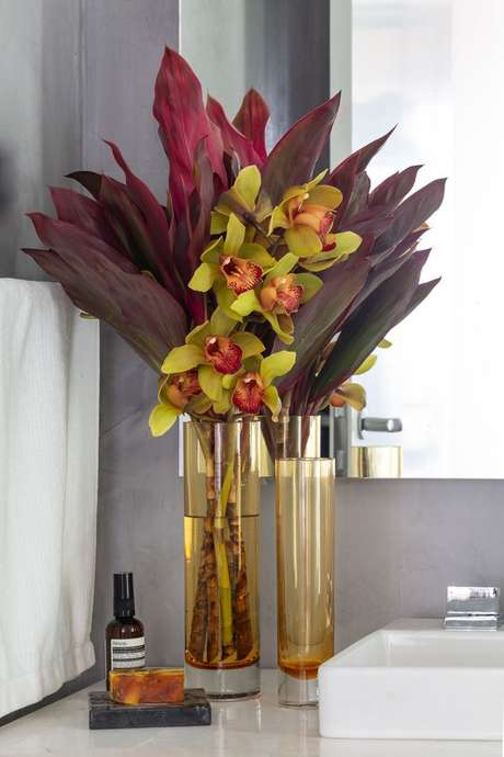28. Vaso de orquídea para decoração de casa – Via: Cristais Cadoro