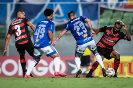 A Raposa não conseguiu vencer o lanterna da Série B nos dois confrontos da temporada-(Bruno Haddad/Cruzeiro)