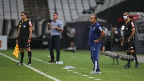 Ailton Ferraz durante a partida na Neo Química Arena, pelo Brasileirão (Foto: LUCAS MERÇON / FLUMINENSE F.C.)