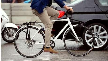 É possível que bikes e carros convivam em paz no trânsito?