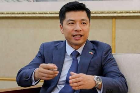O ministro-conselheiro Qu Yuhui, número dois na Embaixada da China