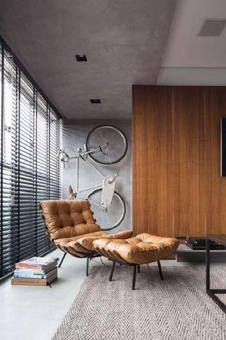 44. Poltrona de couro marrom para ambiente decorado com estilo industrial – Foto: Futurist Architecture