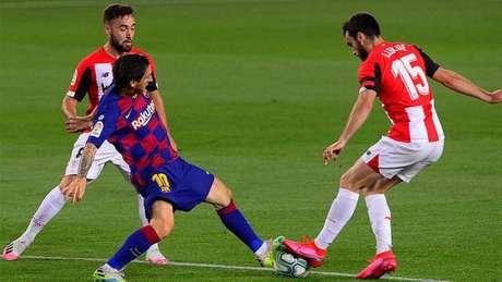 Messi ainda segue como dúvida para a decisão de domingo (Foto: AFP)