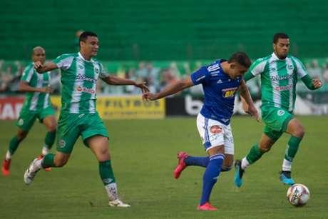 O Cruzeiro teve outra jornada sem inspiração na Série B-(Igor Sales/Cruzeiro)
