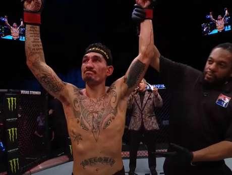 Holloway reencontrou o caminho das vitórias com uma aula de MMA (Foto: Reprodução YouTube UFC)