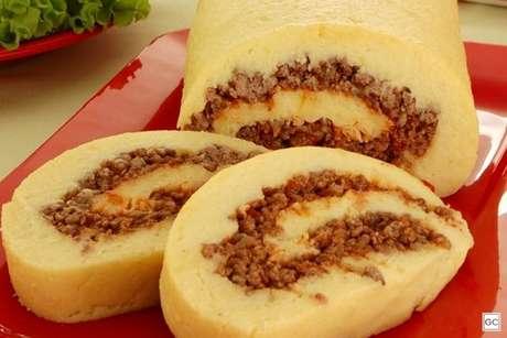 Guia da Cozinha - Rocambole de batata e carne moída para um jantar delicioso