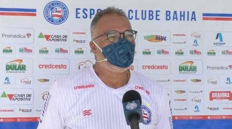 Médico do clube concedeu coletiva na Cidade Tricolor (Bruno Queiroz/EC Bahia)