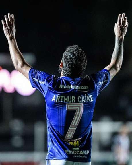 Arthur Caike deixou o Cruzeiro para jogar no Kashima Antlers, do Japão-(Gustavo Aleixo/Cruzeiro)