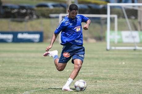 Zé Eduardo jogou apenas 20 minutos com a camisa do Cruzeiro em 2020-(Gustavo Aleixo/Cruzeiro)