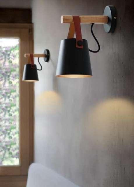 44. Arandela de parede de madeira com design criativo. Fonte: Pinterest