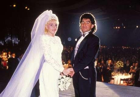 Claudia e Maradona oficializaram a união em 1989, quando reuniram 1.200 convidados em uma casa de shows em Buenos Aires