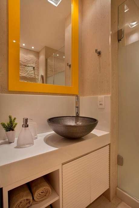 38. Soluções de banheiro pequeno – Via: Achados de Decoração