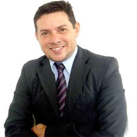 Marcos Eraldo Arnoud, mais conhecido como Markinhos Show, é o assessor do ministro da Saúde, general Eduardo Pazuello