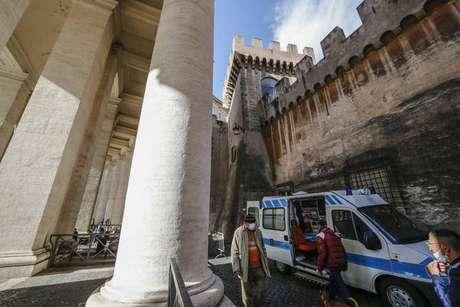 Vaticano também já promoveu testagem de moradores de rua para Covid-19