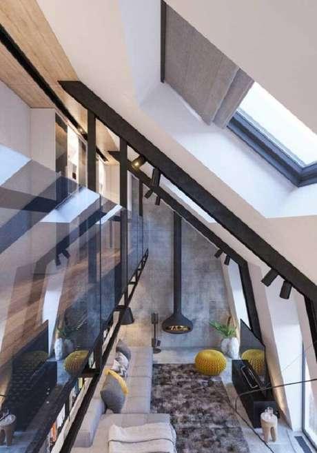 11. A entrada de luz natural favorece a iluminação no projeto de casa com mezanino. Fonte: Pinterest