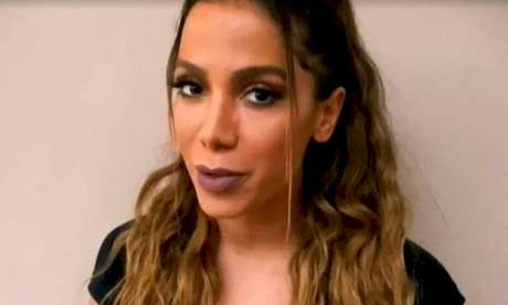 Anitta está de crush novo